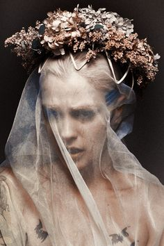 Floral crown and veil Foto Art, Dark Beauty, Poses, Her Hair, Black Metal, Editorial Fashion, At Least, Fashion Photography, Beauty Photography