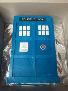 1000 images about dr who cakes on pinterest tardis for Tardis template for cake