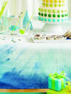 DIY Birthday tie-dye tablecloth