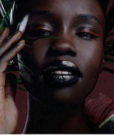 21 Trendy Makeup Ideas For Black Women Beats Dark Skin Lip Colors Beautiful Dark Skinned Women, Beautiful Black Women, Sexy Ebony Girls, Ebony Women, Colors For Dark Skin, Dark Skin Beauty, Black Eyeliner, Black Lipstick, Ebony Beauty