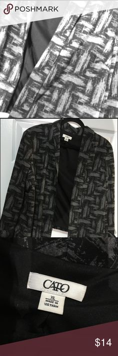 XL Blazer XL modern shades of grey geometric print blazer. Unique, I got many compliments. Very cute on with accessories. Very good condition. USPS Cato Jackets & Coats Blazers