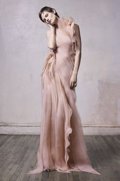 Get inspired and discover Jason Wu Collection trunkshow! Shop the latest Jason Wu Collection collection at Moda Operandi. Jason Wu, Vogue Paris, Fashion Show, Fashion Tips, Fashion Design, Fashion Images, Fashion Fall, Runway Fashion, New Yorker Mode
