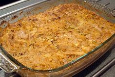 Kålpudding, gräddsås, lingon och sallad Den här kålpuddingen är verkligen supergod, så gillar ni köttfärs och vitkål så kan jag varmt rekom...