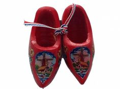 Dutch Wooden Clogs Magnet Red