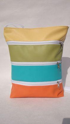 Textilbőr táska , elől cipzáras zsebekkel, Táska, Válltáska, oldaltáska, Tarisznya, Meska