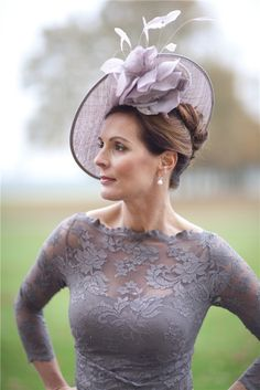 Kentucky Derby   the entire outfit exudes femininity♥