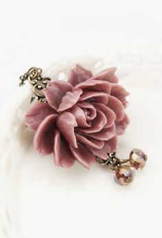 Dusty Pink Rose Necklace
