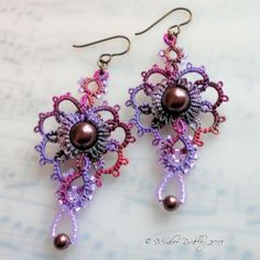 Grand Aura tatted earrings project on Craftsy.com