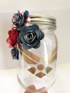 Military Retirement Parties, Military Party, Army Party, Military Wedding, Air Force Ball, Flowers In Jars, Flower Jars, Military Home Decor, Deployment Party