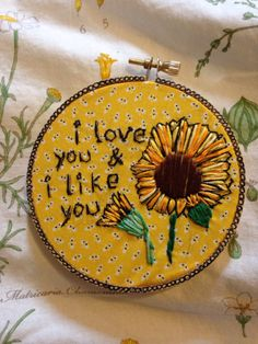yellow, aesthetic, and sunflower image Ezreal League Of Legends, Art Hoe, Tsundere, Pin And Patches, Happy Colors, Mellow Yellow, Dragon Age, My Sunshine, My Favorite Color