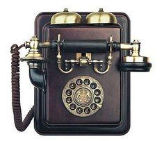 17 best los clsicos images on pinterest retro phone disney a movildinero tambin le gustan los telfonos retros publicscrutiny Image collections