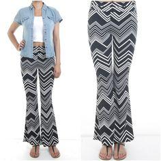 ebclo - Black & White Chevron Print Polyester/Spandex Wide Leg Pants Long Pants #ebclo $20.00 Free Domestic Shipping