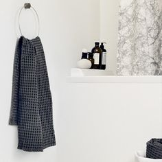 Hang your towels in style with this Brass Towel Hanger by Ferm Living. The brass towel hanger is both beautiful and functional the perfect accessory for any bat Modern Bathroom Accessories, Bath Accessories, Velvet Furniture, Modern Home Furniture, Towel Hanger, Towel Racks, Textiles, Burke Decor, Machine Made Rugs