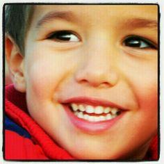 La sonrisa es mia....la causante tú..