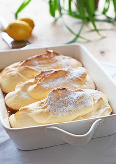 Salzburger Nockerln - Essen und Trinken by LonasART - Baking Recipes, Dessert Recipes, Cake Recipes, Austrian Recipes, Pumpkin Recipes, Sweet Recipes, Food Porn, Food And Drink, Yummy Food