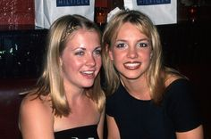 Britney Spears And Melissa Joan Hart Reunited And Made Our '90s Dreams Come True Again - http://wittybugs.com/britney-spears-and-melissa-joan-hart-reunited-and-made-our-90s-dreams-come-true-again/