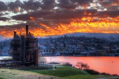Gas Works Park at sunrise. Surprised I haven't been here yet...