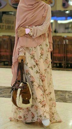 Hijab Rosen