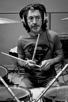 Simon Phillips. Long Term drummer in Toto after porcarro dead. Now busy with his own jazz band called PSP.