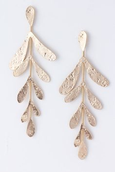 Extend an Olive Branch Earrings.... Oooh oooh!! Love love!