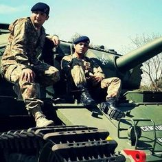 Pak Army Soldiers, Pakistan Armed Forces, Army Brat, Pakistan Army, Military Life, Defenders, My Passion, Space Saving, My Life