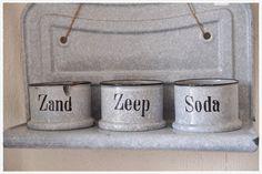 Grijs emaille `zand-zeep-soda` rek | * Voor de keuken... | lanostalgia