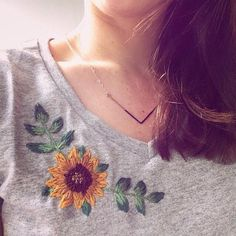 Handstitched sunflower and leaves on a grey cotton T-shirt - never worn (except to take photos!). Size womans small. Hand Wash is ideal. This top may shrink in the dryer. Hang dry is best.