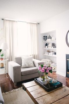 View entire slideshow: Our Go-To White Paint on http://www.stylemepretty.com/collection/2256/