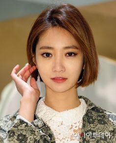 go jun hee Korean Short Hair, Short Hair Cuts, Short Hair Styles, Short Bob Hairstyles, Hairstyles Haircuts, Cool Hairstyles, Khaleesi Hair, Kim Hair, Cabello Hair