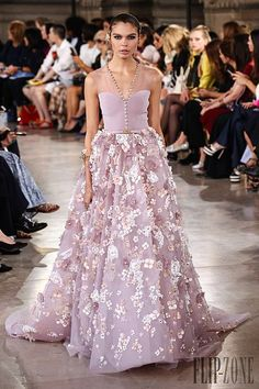 Cheap dress reseller, Buy Quality dresses gowns uk directly from China dress patterns evening gowns Suppliers: Pretty 2017 Evening Dresses Lavender Floral Ball Gowns Crystal Puffy Formal Evening Party Dress Long Prom Gowns Vestido De Festa Gala Dresses, Red Carpet Dresses, Couture Dresses, Evening Dresses, Fashion Dresses, Georges Hobeika, Couture Mode, Couture Fashion, Punk Fashion