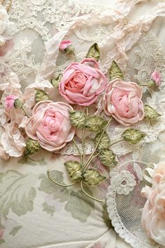 gorgeous fabric roses                                                       …