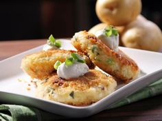 Delicious, low-cal appetizer! Bobby Deen's Simply Smashed Potato Cakes