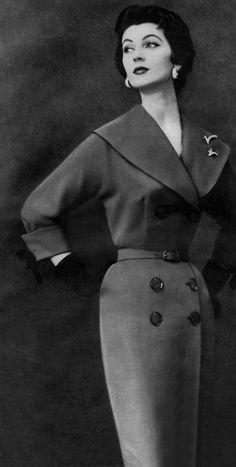 Ciao Bellissima - Vintage'licious; Dovima wearing Leslie Fay, 1953