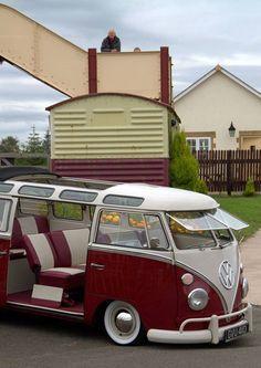 Stunning split stealing the show! Adrian John Markey sends his amazing VW Camper, at the Blaenavon Railway.