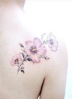 Tattooist Banul flower tattoo