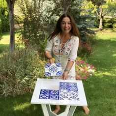 Seher Nigiz (@sehernigiz)   Instagram photos and videos Ceramic Tile Art, Ceramic Painting, Diy And Crafts, Arts And Crafts, Reclaimed Furniture, Diy Kitchen Decor, Turkish Art, Art N Craft, Pottery Designs