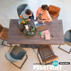 MIX & MATCH verschillende eetkamerstoelen met elkaar voor een eethoek met een speelse sfeer. Diverse kleuren, materialen of modellen: aan jou de keuze. En kies je voor een exclusief geheel, dan is de set op de foto precies wat je zoekt!