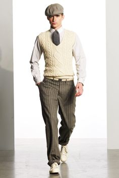 Golf Fashion Vintage Ralph Lauren Fall 2010 Menswear Collection - Vogue - The complete Ralph Lauren Fall 2010 Menswear fashion show now on Vogue Runway. Mode Masculine, Looks Style, Looks Cool, Costume Année 30, Ralph Lauren, 1920 Men, Vintage Outfits, Vintage Fashion, Herren Style