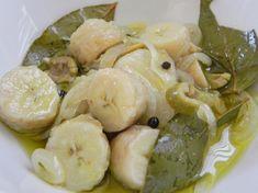 Guineítos en Escabeche/Puerto Rican Green Bananas