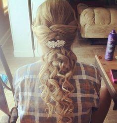 Prom Hairstyles for Long Hair.  So Very Feminine Hair & Makeup Artists   hair-salon-noosa.com