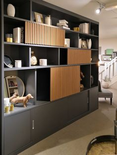 Design and custom-made library - Die Compagnie des Ateliers Home Library Design, Home Room Design, Office Interior Design, Home Office Decor, Office Interiors, Living Room Designs, House Design, Office Cabinet Design, Living Room Shelves