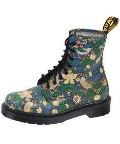 William Morris meets Doc Marten!  Gorgeous boots!