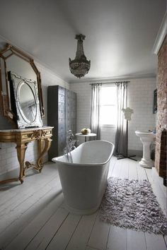 .American Colonial houses are small, sometimes with oddly shaped rooms. Here's a remodel that could work in a small space.