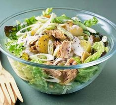 New Potato & Tuna Salad Recipe Kefir Recipes, Salad Recipes, Bbc Good Food Recipes, Healthy Recipes, Healthy Fats, Healthy Eating, Spring Salad, Fodmap Recipes, Tuna Salad