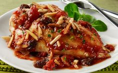 Spanish Baked Chicken featuring our nutty friends @almonds