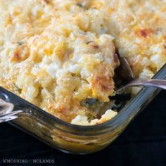 Do you love pulling out old recipes that you haven't made for a long time? I sure do, this Baked Cheddar Hash Brown Casserole was really popular back years ago and we loved it still. A hashbrown casserole is easy to make! Potato Dishes, Potato Recipes, Veggie Dishes, Making Potato Salad, Hash Brown Casserole, Dessert For Dinner, Casserole Recipes, Casserole Ideas, Noodle Casserole