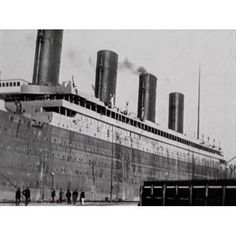 Photo Still from 1912 footage View of Titanic in Belfast Canvas Art - (24 x 36)
