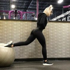 30 New Ideas For Fitness Inspiration Body Motivation Glutes Yoga Outfits, Fitness Outfits, Fitness Fashion, Workout Outfits, Casual Outfits, Sport Outfits, Body Motivation, Cycling Motivation, Exercise Motivation