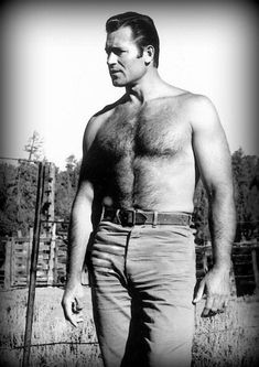We have a lot of trouble doing without Clint Walker in our lives and so periodic. - We have a lot of trouble doing without Clint Walker in our lives and so periodically collect photos - Hollywood Men, Classic Hollywood, Clint Walker Actor, Mode Pin Up, Hommes Sexy, Hairy Chest, Older Men, Hairy Men, Scruffy Men