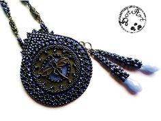 #DotArt, #pendant, #Beadedembroidery, #beading, #laddering, polandhandmade.pl